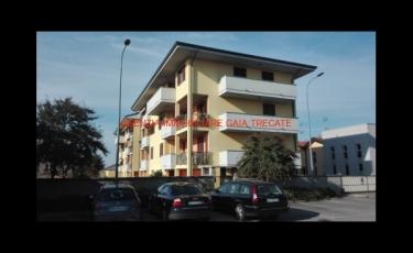 3 LOCALI + 2S.con terrazzino e ampio box